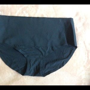 SPANX Undie Tectable Soft Seamless Brief Panty XL